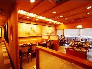 ホテル2階のレストランは貸切も可能です。