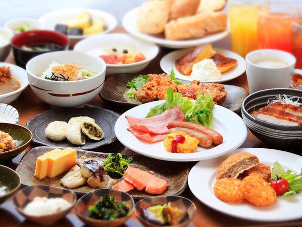 朝食バイキング。気持ちの良い朝は美味しい朝食から、自分好みの朝食を