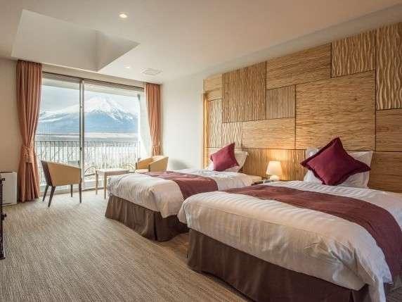 【ホテル凛香 富士山中湖リゾート】愛犬と共に過ごし、愛犬と共に癒され和むペットと泊まれる宿。