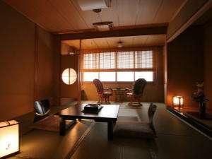 一の館 落ち着きのある和室