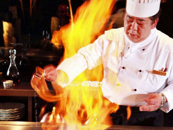 近江牛鉄板焼 荒尾シェフ/長年の経験で培ったセンスで新たな世界観を表現した料理を提供しております。