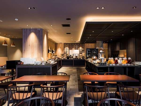レストラン『IL ONAI』朝食や昼食、夕食と全てのお食事をご提供しております。