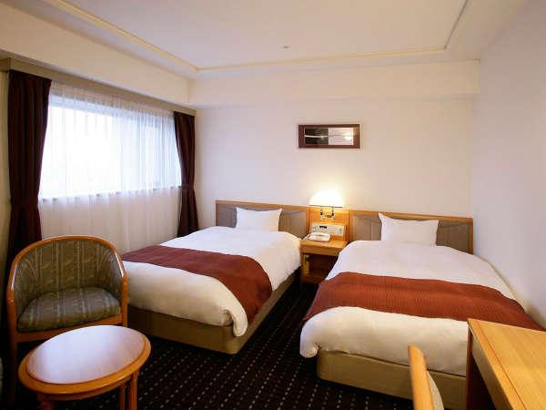 【スーペリアツイン】上質な家具やアメニティを備え、ワンランク上のご宿泊を。