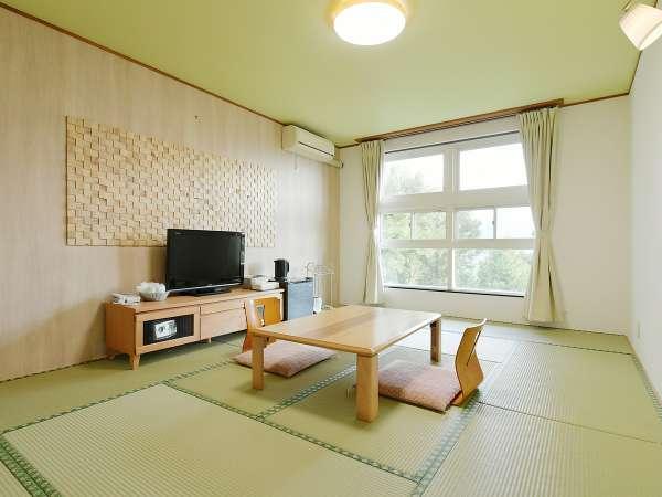 【和室】8~10畳(眺望を気にしない方向け)落ち着いた空間でゆっくりとお過ごしください♪