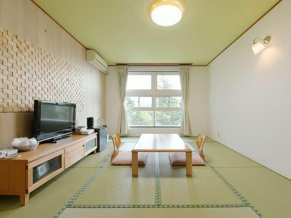 【和室】8~10畳(眺望を気にしない方向け)きれいな和室で寛げます♪