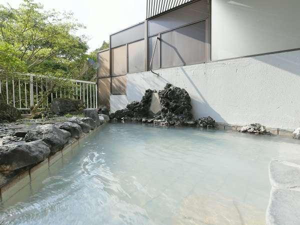 眺めの良い露天風呂をゆっくりお楽しみいただけます♪