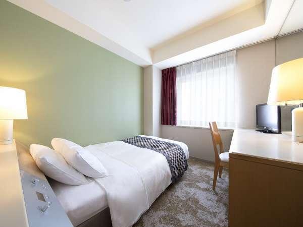 スタンダードシングルルーム(一例)広さ14.2㎡/ベッド幅120cm