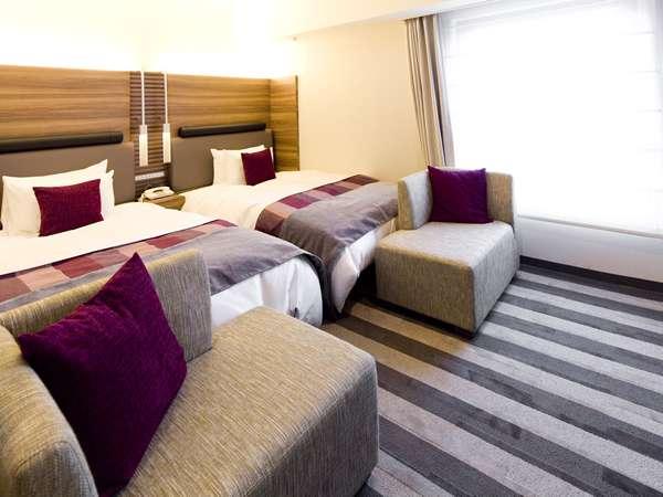 部屋面積:21.5㎡、ベッド幅:120cm壁掛TV・加湿機能付空気清浄機・ズボンプレッサー・リセッシュ