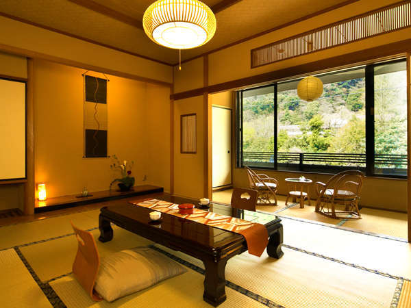 """■-新館和室-■箱根外輪山の塔の峰を眺め、優しい風に吹かれる""""静かなひととき"""""""