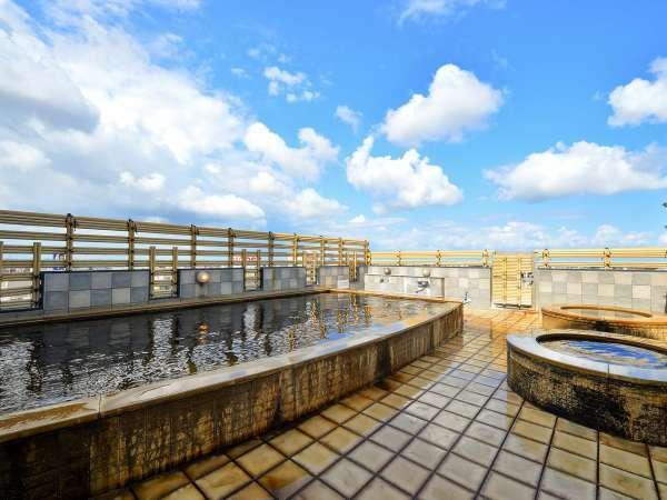 【アパホテル<金沢中央>】JR金沢駅バス10分、兼六園徒歩10分、Wi-Fi無料、天然温泉大浴場有