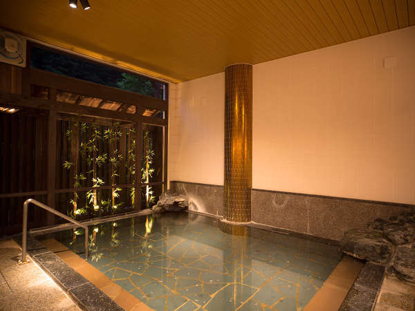 男性大浴場「鳥(とり)の湯」の夜のイメージ画像♪