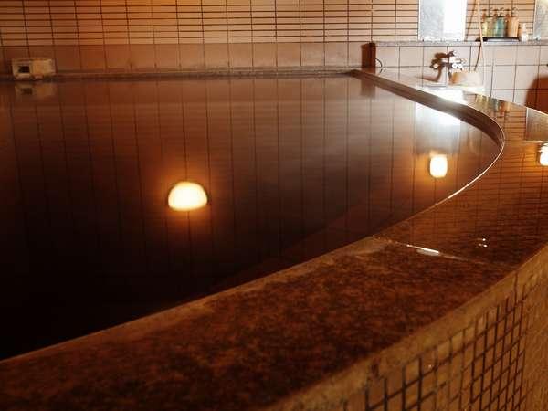 植物性の有機物を豊富に含んだお湯は肌にとってもやさしく天然の化粧水とも言われています。