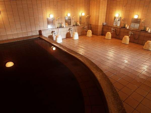 モール温泉は天然の化粧水とも言われています。(写真は男子浴場です)