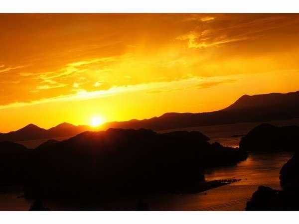 九十九島に沈む夕日