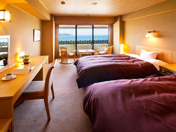 ◆ツインベッドルーム◆ふかふかベッドは寝心地バツグン♪カップルやご夫婦にオススメ