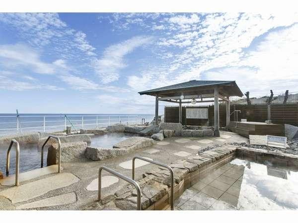 君ヶ浜を眺める露天風呂