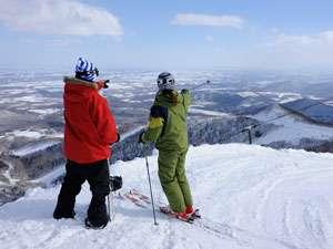 【サホロリゾートスキー場】十勝平野の大パノラマが楽しめる