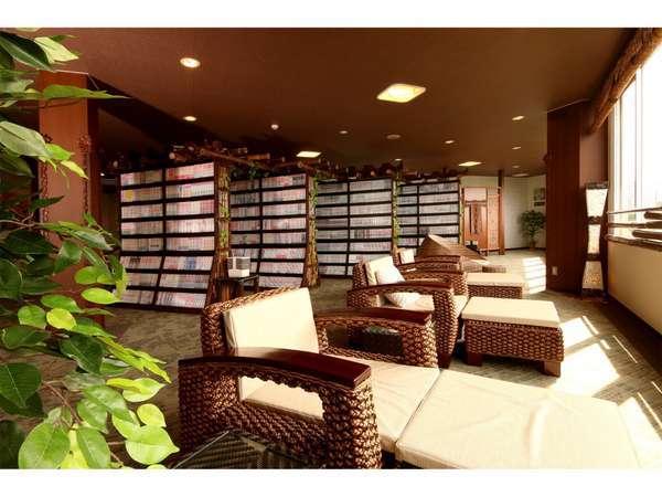 リラクゼーションスペース。バリ直輸入の家具でお寛ぎください。