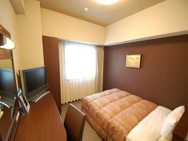 スタンダードシングルルーム。全室に加湿空気清浄機、LAN回線、Wi-Fi完備!
