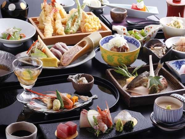 【夕食】四季夕膳会席。京都のおばんざいと天ぷらはおかわりもOK!