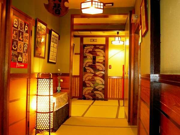 懐かし雰囲気の畳廊下