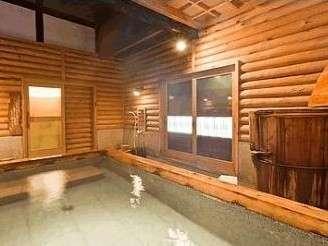 貸切でゆったりくつろぐことができる右衛門風呂併設のしずがたけ光明石之湯。