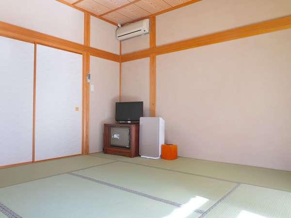 【ゆうぎり】8畳+広々縁側:居室