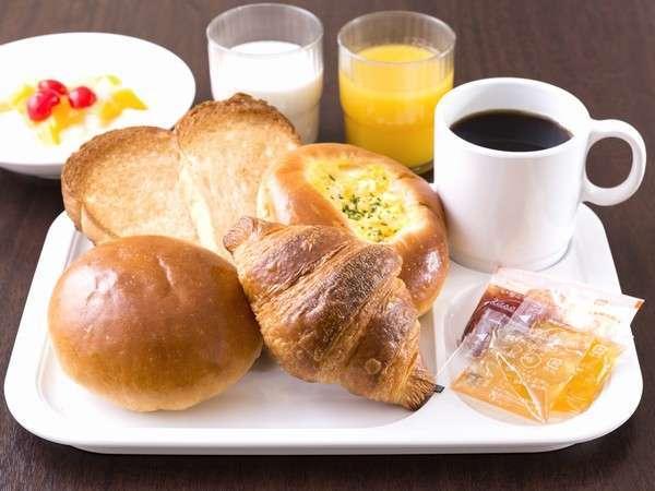 """創業100年以上の歴史を持つ老舗ベーカリーの""""上質なパン""""をお楽しみください。"""