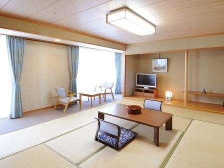 広々客室は、グループでのご利用にぴったり。