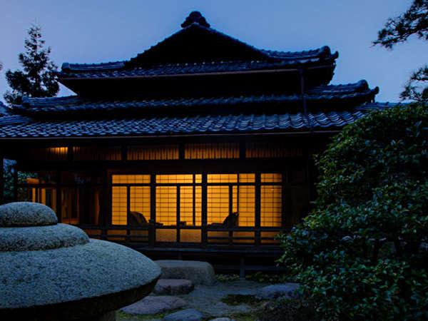 出雲神話の古事記、枕草子、、玉造温泉の歴史と伝統に思いをはせて。【特別室の幽泉亭の外観】