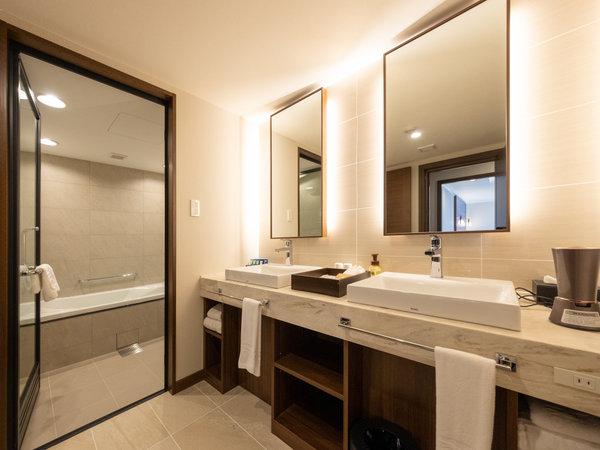 <NEW>【リノベーション 48平米/禁煙】ガーデンヴィラ/ダブルシンク・バスルーム