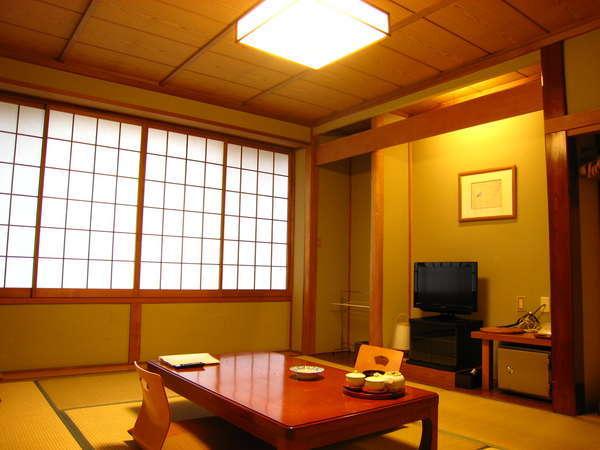 【富士山を望む和室10畳の客室】