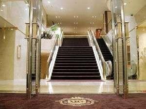 【エントランス】ホテル横浜ガーデンへようこそ。