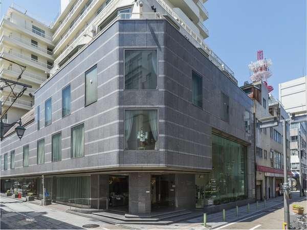 【外観(昼)】静岡駅から徒歩5分!繁華街中心でアクセス抜群♪