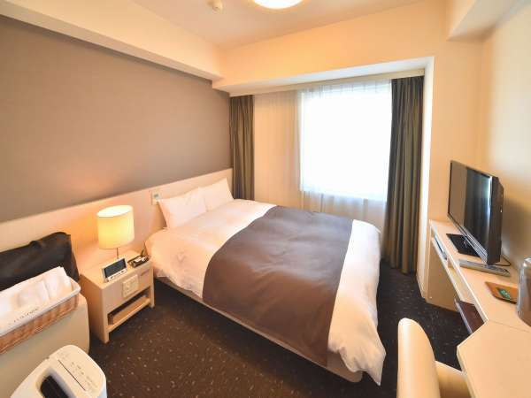 ◆【客室】『ダブルルーム』 広さ15平米 ベッドサイズ横140cm×縦205cm(1台)