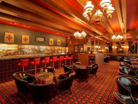 【別館1階】「ロビー バー」 200余種を誇るスコッチのコレクションをご用意。