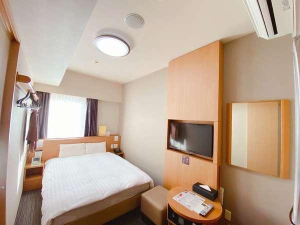 スタンダードダブル(14平米ベッド幅140×195センチ)◆シモンズ製べッド完備◆
