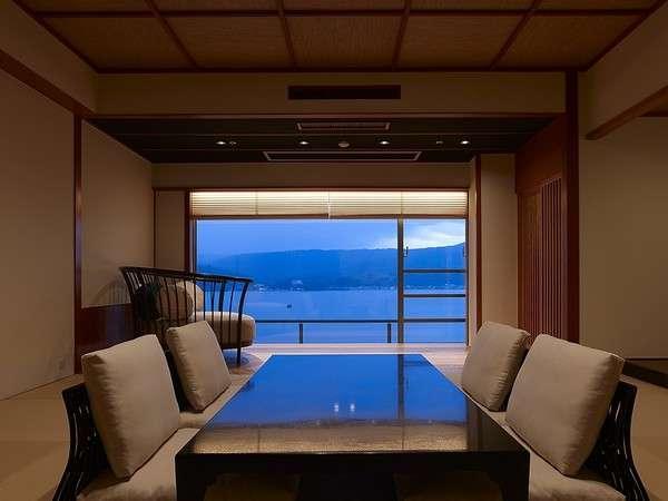 エグゼクティブルーム・サンライズ★大きな窓から東郷湖の眺めを満喫できます