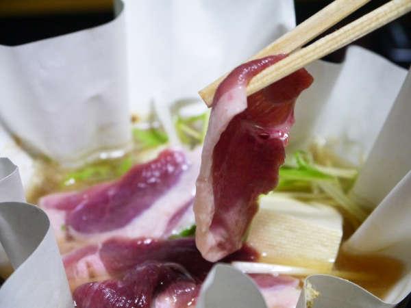 【夕食】奈良の御所で特別に飼育された希少な奈良ブランド合鴨肉「倭かも」!