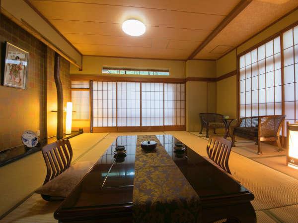 【広々ゆったり和室】清潔感ある広めのお部屋。グループやご家族での宿泊にもおススメの広さ♪