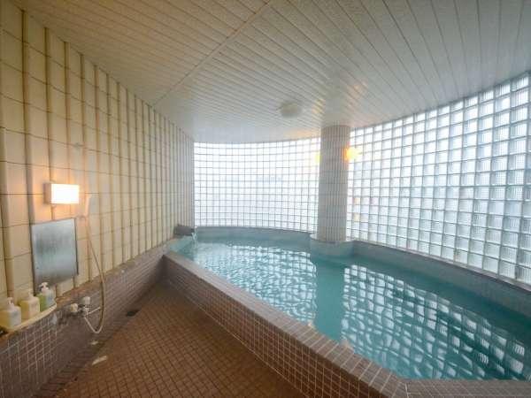 【大浴場(男湯)】自家源泉の良湯をお楽しみいただけます。