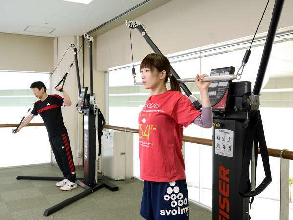 【コンディショニングルーム】最新マシンで体のケアを実践しましょう。
