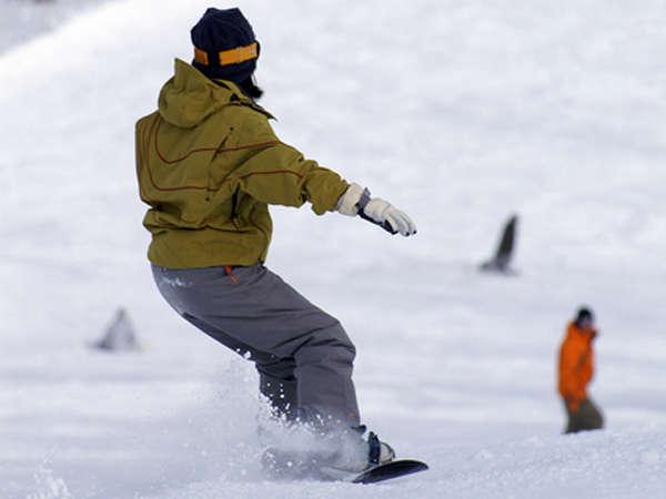 スキー場はすぐそば!冬はウィンタースポーツを楽しんでください♪