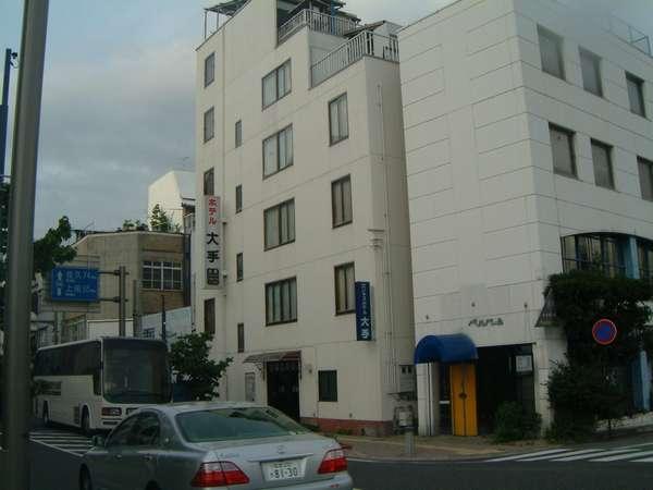 松本駅(お城口)~左手に徒歩5分、セブンイレブン正面