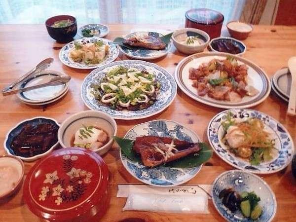地場の野菜を使ったある日の夕食