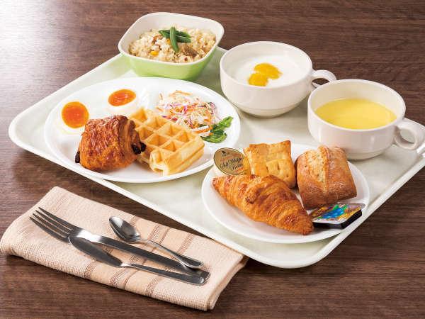 メニュー豊富な【無料朝食】