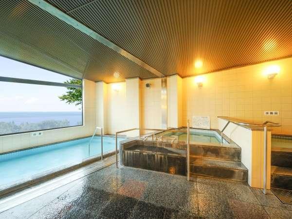 *大浴場一例/太平洋を一望する、眺めの良い男女別大浴場。美しい景色に癒されます。