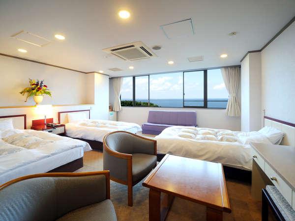 *【海側】オーシャンスイート(洋室)/清潔感と優雅さを感じられる特別なお部屋。