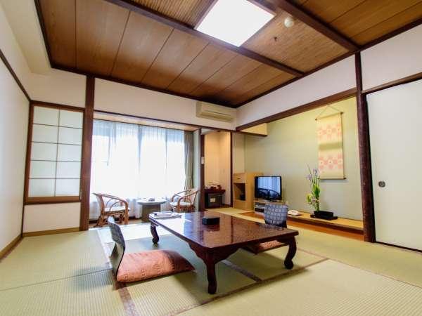 ちょっと広めの和室10畳~15畳+広縁(一例)最大6名まで利用可能です。