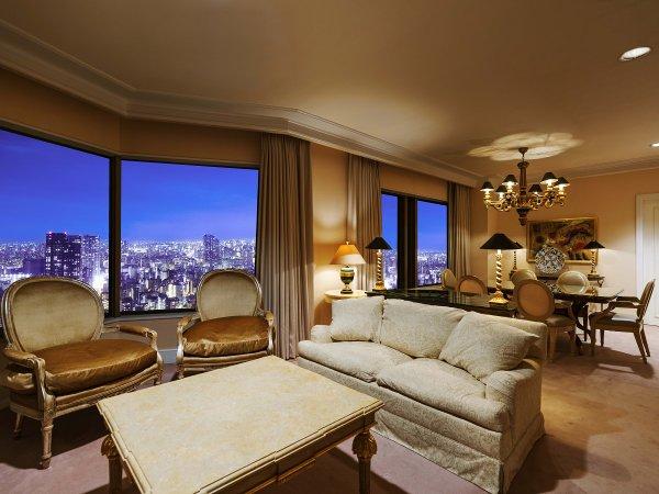【ラグジュアリーフロア】最上階34階 クラウンスイート(111㎡)